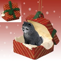 Chow Gift Box Christmas Ornament