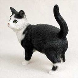 Black and White Cat Figurine, the perfect gift for cat lovers