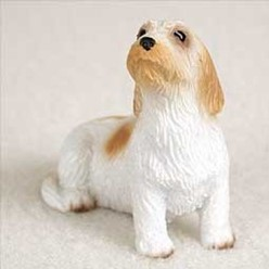 Petit Basset Griffon Vendeen Tiny One Dog Figurine