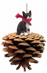 Pine Cone Chihuahua Dog Christmas Ornament