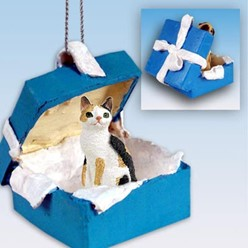 Japanese Bobtail Cat Gift Box Holiday Ornament