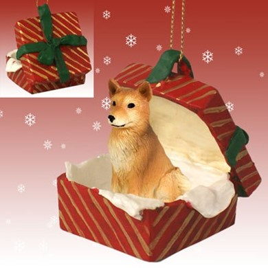Raining Cats and dogs | Finnish Spitz Gift Box Christmas Ornament