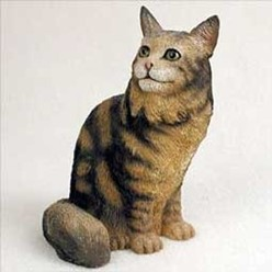 Maine Coon Cat Figurine, the perfect gift for cat lovers