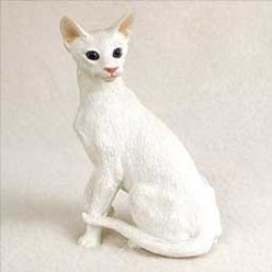 Oriental Shorthair Cat Figurine, the perfect gift for cat lovers