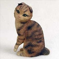 Scottish Fold Cat Figurine, the perfect gift for cat lovers