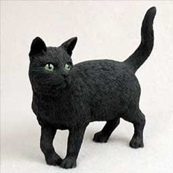 Black Cat Figurine, the perfect gift for cat lovers