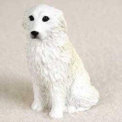 Great Pyrenees Tiny One Dog Figurine