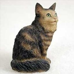 Maine Coon Cat Tiny One Figurine