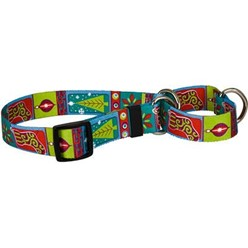 Retro Christmas Martingale Collar