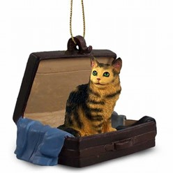 Maine Coon Cat Traveling Companion Ornament