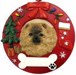 Pomeranian Wreath Christmas Ornament That Can Be Personalized